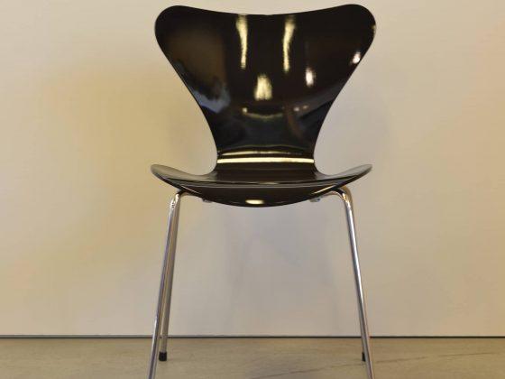 M-Studio Reiter Altenmarkt | Vitra Tip Ton Stuhl image 102