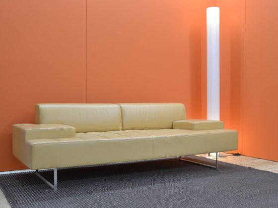 M-Studio Reiter Altenmarkt | Vitra Tip Ton Stuhl image 57