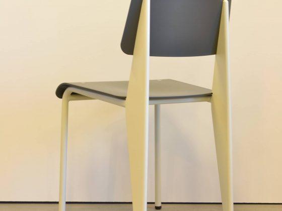 M-Studio Reiter Altenmarkt | Vitra Tip Ton Stuhl image 16