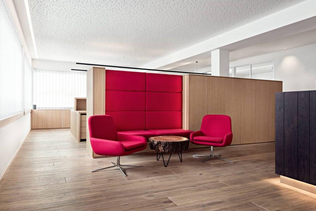 Hgs büroraum und meetingraum