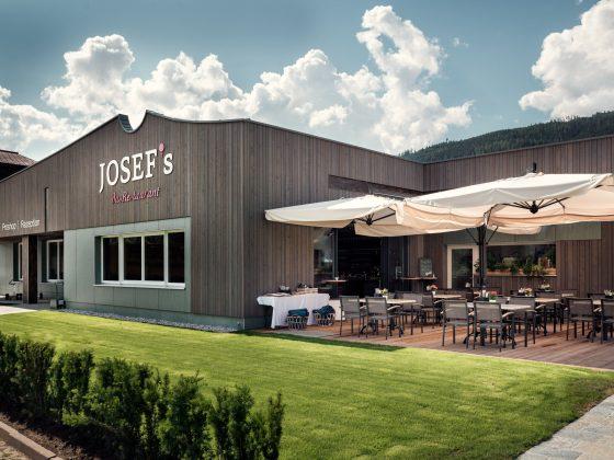 Das Golf Clubhaus wurde mit unserer hauseigenen Tischlerei gefertigt