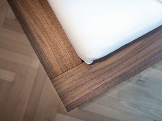 Zweitwohnsitz ausgestattet mit unserem Möbelstudio in Kombination mit der hauseigenen Tsichlerei