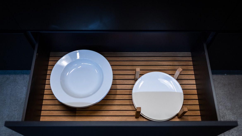 Inneneinteilung in Nuss bei Küche